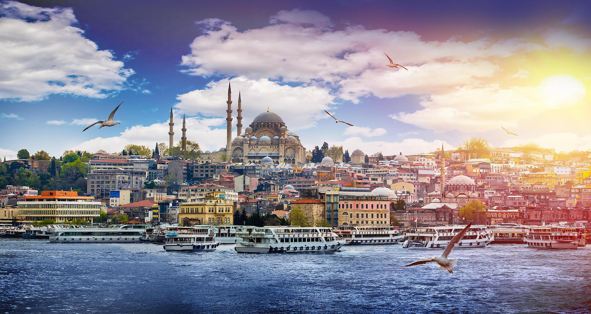 Budget Istanbul Turkey Tours