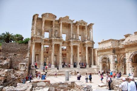 IZMIR CRUISE EXCURSION - EPHESUS & ARCHEOLOGY MUSEUM TOUR (5 HOUR)